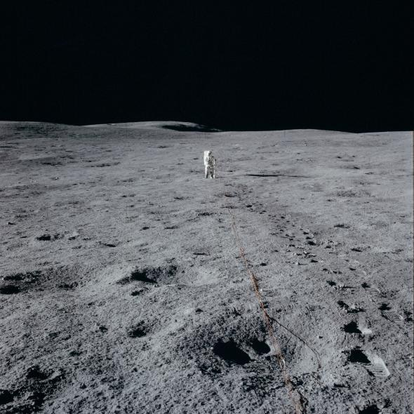 NASA Really Released 10.000 Photos of The Apollo 11 Mission