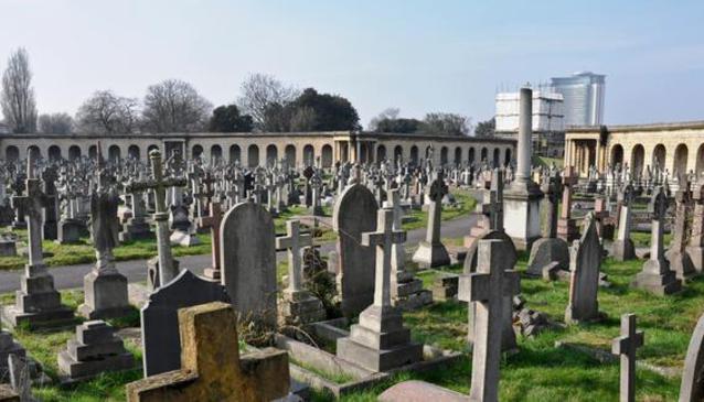 London - Grave Space