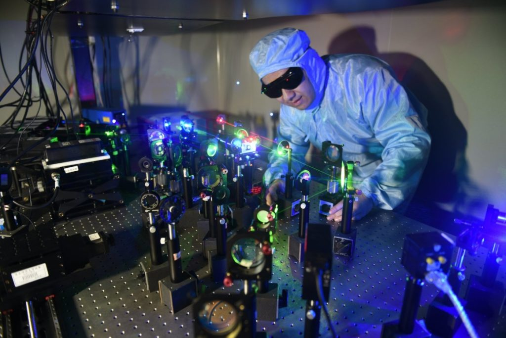 Holographic Data Storage - Laser Technology