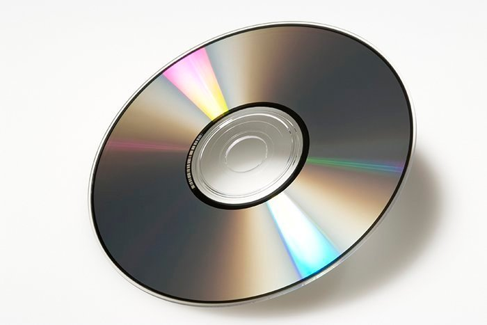 Compact Disc (CD) - American Inventions
